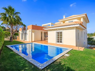 Luxury 4-Bedroom Family Villa with Private Pool