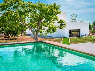 Villa a 5km de playa Salinas, con piscina, Wi-Fi y jardin