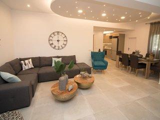 NEW Villa Kamara Santorini-Luxury Villa Margarita up to 5pax