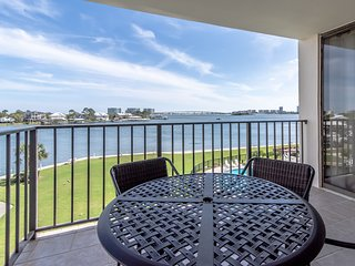 NEW LISTING! Waterfront condo w/ a view, shared pool - near marina