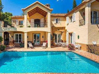Spectacular Villa in stunning location on Marbella Golden Mile