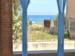 AL013B Appartamento 5 people 30m from sea