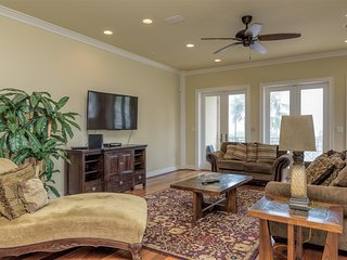 Gulf Paradise A: 3 level LUXURY townhome across from BEACH w/POOL!  2 AVAILABLE!
