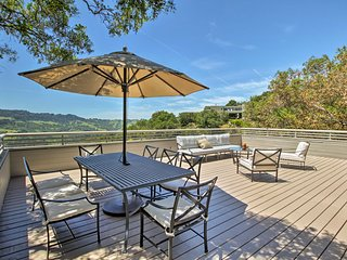 NEW! Unique Orinda Home-Mtn Views, Deck & Hot Tub!