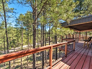 NEW! Ruidoso Condo w/Deck, 13 Mi. from Ski Apache!