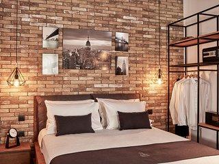 Κolonaki 8 Design Suites & Loft | Comfort Suite Apartment in Αthens