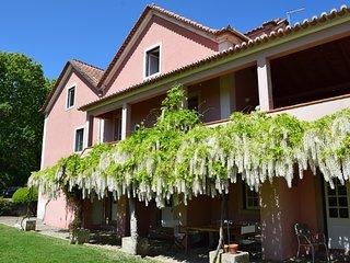 Charming Villa in Sintra, Colares
