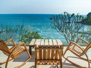 Exclusive Villa, Ocean View, Pool, Central AC - Full Service sleeps 10