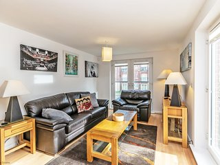 Residential Estates - Two bed Apartment Saddlery Way sleeps 4