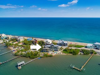 Nirvana Shores: 8BR/5BA Ocean-2-River FL Beach House w/heated pool,dock,elevator