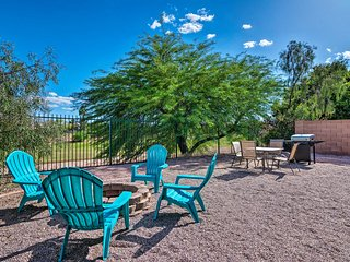 Gilbert Getaway w/Fire Pit + Grill on Golf Course!
