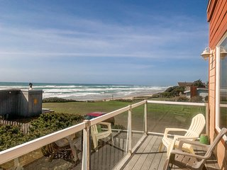 OurSandCastle Luxurious Yachats 4 Bedroom  Vacation Rental