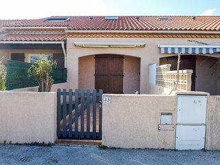 2 bedroom Villa with Walk to Beach & Shops - 5792758