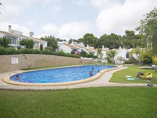 3 bedroom Villa with Pool and WiFi - 5791317