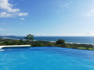 ★Stunning views, starlit nights, privacy & barefoot luxury!★