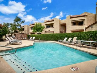 Near Old Town Scottsdale & Tempe, Dog Friendly, Pool, Spa & Fitness Room, Gated
