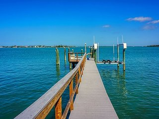 Treasure Island Causeway Pool, Waterfront, Boat Dock Luxury Home