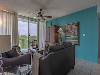 Salt Ponds Sanctuary - Lovely Condo w/ Private Balcony, Shared Pool/Hot Tub, Nea