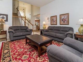 7715CS. Beautiful 5 Bedroom 5 Bath Pool Home In Windsor Hills Resort