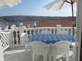 Barbat Apartment Sleeps 6 with Air Con - 5793311