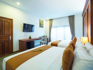 Deluxe Twin Room-Free Round Trip Transfer