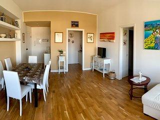 GOLD HOUSE, luxury beach apartment vista mare in centro a Milano Marittima
