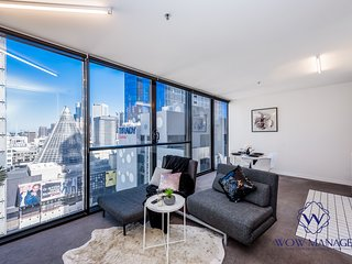 Executive Living Style in CBD - #Shop#Food#Travel