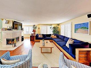 Expansive Ocean-View Beach Home w/ Rooftop Deck - Walk Everywhere!