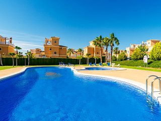 Villa Lo Crispin, Algorfa / Quesada, 3beds, 2 baths (sleep 6) Garden, Pool & BBQ