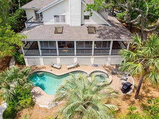4 Iron Clad is a 2nd row, low country style beach house in Palmetto Dunes
