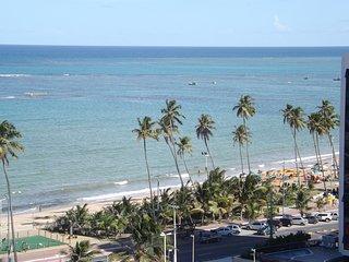 Apartamento con vista al mar a 100 metros de la playa