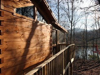 Fishing Cabin on Beautiful Lake Lure