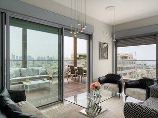 HIGH END SEA VIEW - LUXE&DESIGN PENTHOUSE - 2BDR - TEL AVIV NORTH