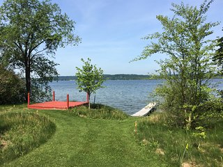 **PRIME JULY WEEK NEWLY AVAIL!** 100' private frontage- Great for watercraft!