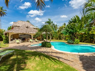 Charming Villa SAN LUCAS : spacious and atypical !