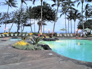 4.5* Oceanfront Resort ~Location!~Heated Pools~ February-March 2020 Availability