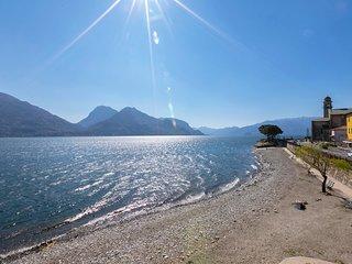 Garibaldi Lake view 3