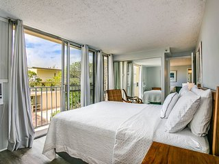 Diamond Head Beach Hotel 602