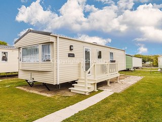 Dog friendly caravan at Cherry tree holiday park in Norfolk ref 70304