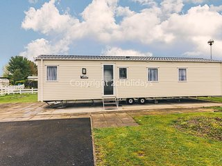 Luxury caravan for hire at Southview Holiday park Skegness ref 33014