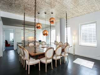 5 Bed Luxury Top Floor PENTHOUSE - 3300 Sqft