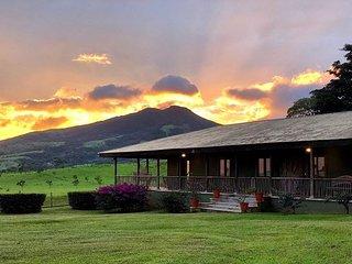 Hacienda Montezuma - Casa Cuna