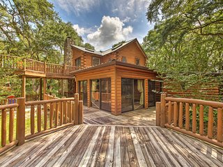 NEW! Quiet Inverness Log Cabin w/ Furnished Deck!