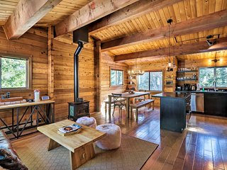 Private+Modern Tahoe City Cabin w/ Hot Tub & Deck!