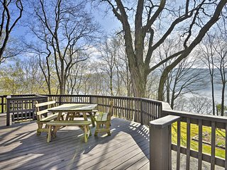 NEW! Waterfront Skaneateles Lake Home w/ Beach!