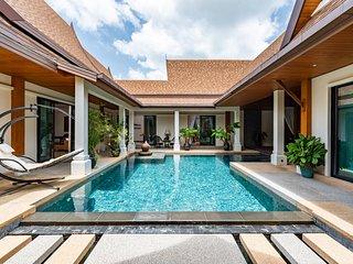 Champange Pool Villa