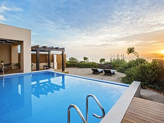 1 bedroom Villa with Pool, Air Con and WiFi - 5793025