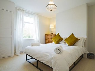 Dane Road - Stylish four bedroom home near Margate Old Town