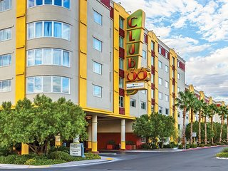 Stay at Bluegreen just minutes from the strip No Resort Fees