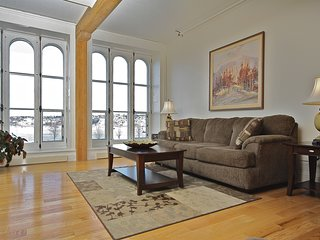 Riverfront, Central 3 Bedroom/3 Bathroom Condo in the Heart of Old Quebec
